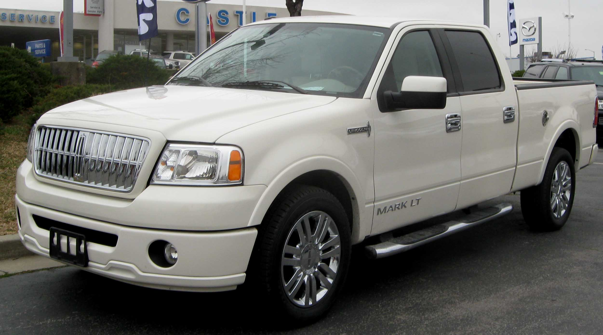 Lincoln Mark LT: 3 фото