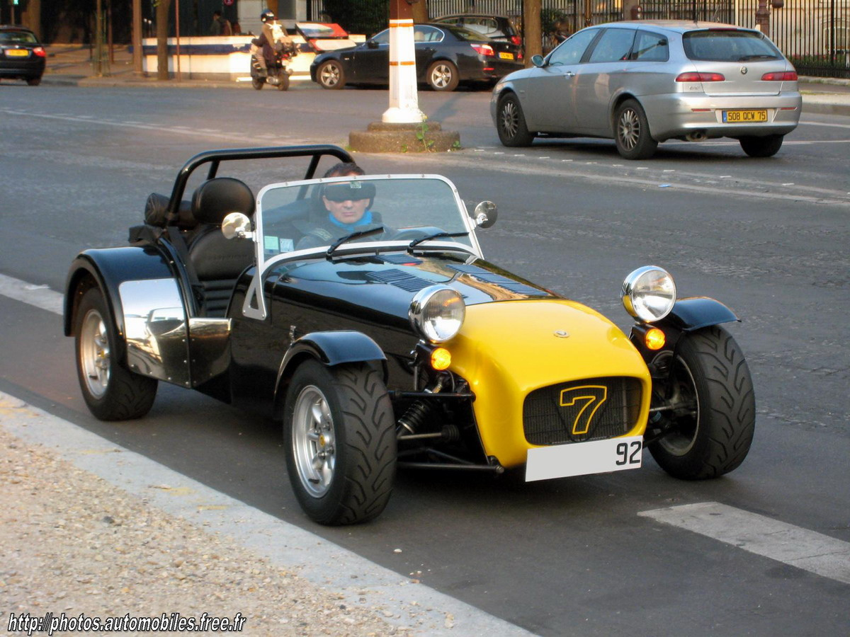 Caterham Super Seven: 3 фото