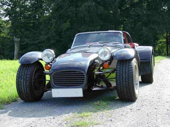 Caterham Super Seven: 4 фото