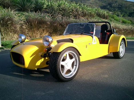 Caterham Super Seven: 10 фото