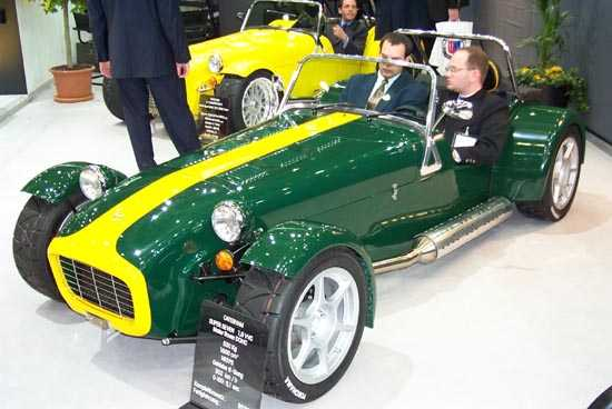 Caterham Super Seven: 12 фото