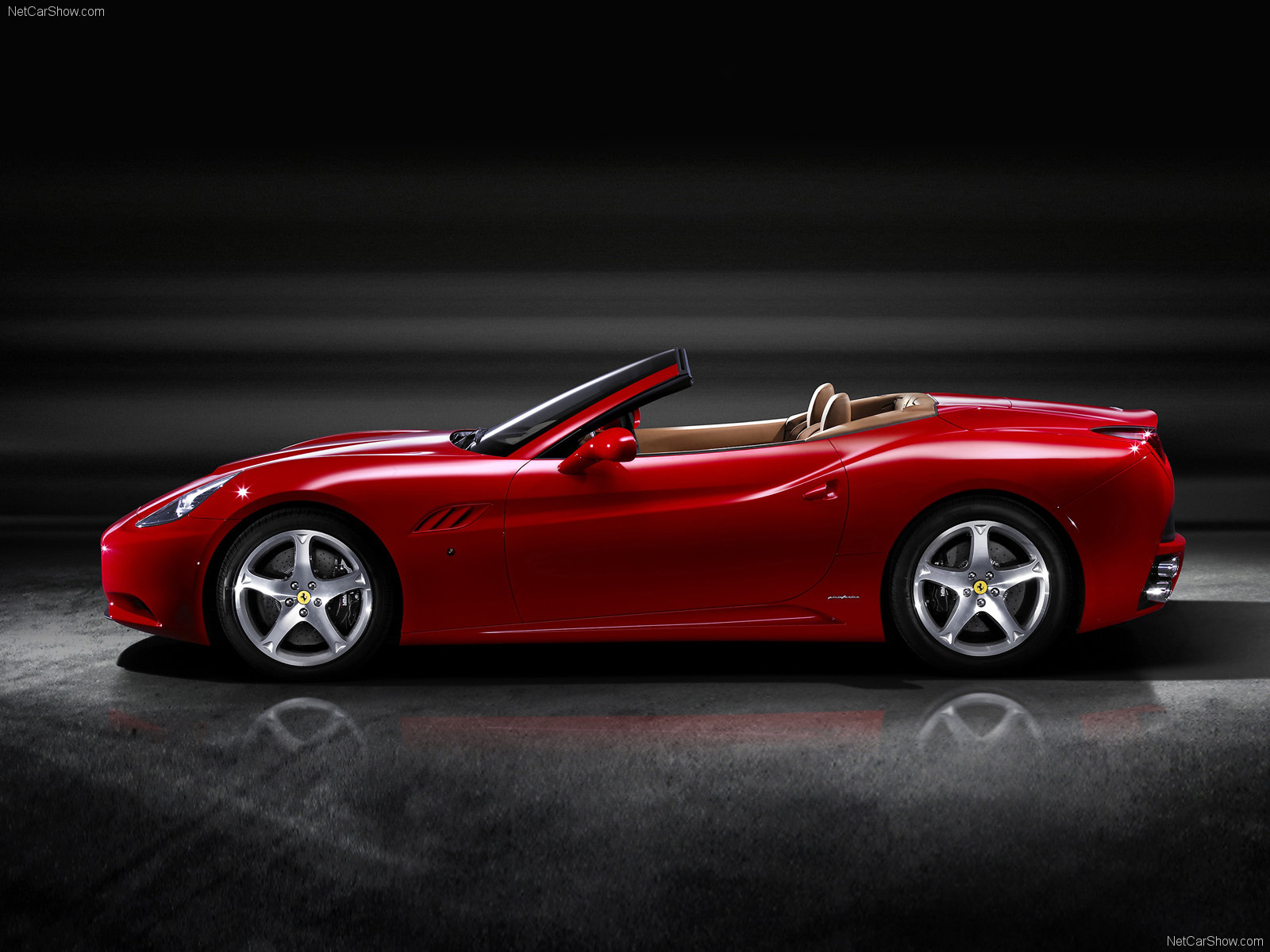 Ferrari California: 04 фото