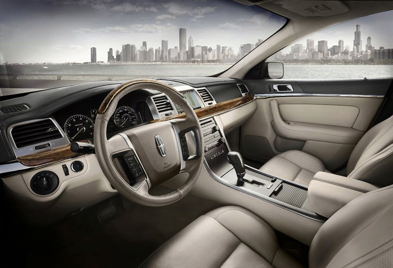 Lincoln MKS: 12 фото