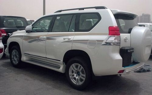 Toyota Land Cruiser Prado: 09 фото