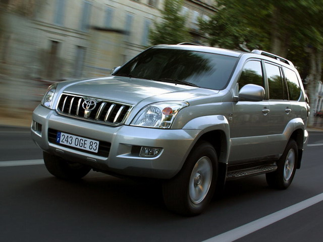 Toyota Land Cruiser Prado: 11 фото
